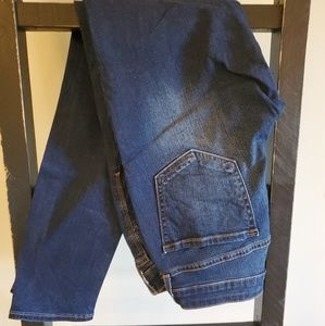 Old Navy Jeans - Rockstar Low Rise Jeans